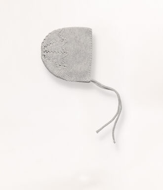 Grey knit bonnet with detail