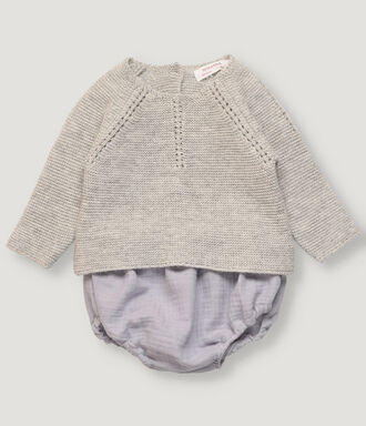 Newborn set : light grey pullover and blue bloomer