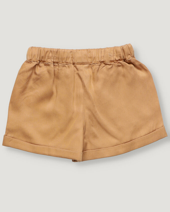 Camel baby shorts in tencel with front pockets and elastic waist band.